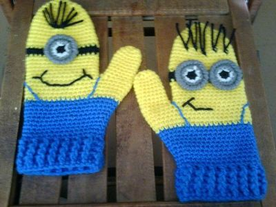 Minion Mittens CROCHET PATTERN / crochet ideas and tips ...