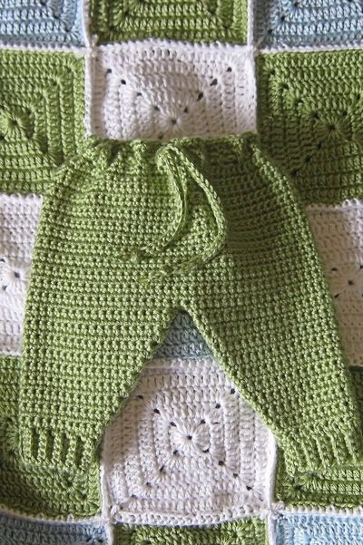 Free Knitting Patterns For Toddler Pants : Baby crochet
