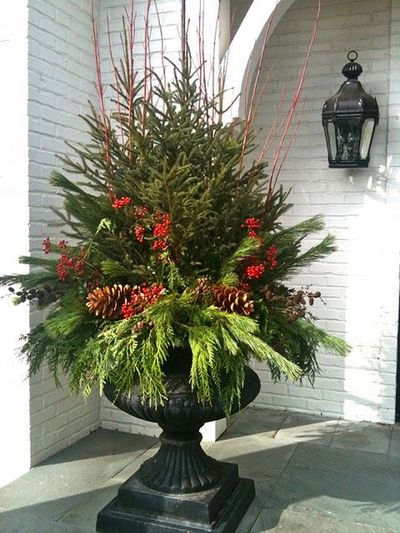 Winter Urn Tutorial Good Tips For Any Large Urn