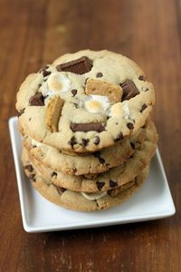 S'mores cookies For those days you just want to make one cookie... 1 tbsp. butter (melted), 1 tbsp. white sugar, 1 tbsp. brown sugar, 3 drops of vanilla, pinch of salt, 1 egg yolk, 1/4 c. flour, 2 tbsp. chocolate chips ... MICROWAVE 40-60 SEC ...
