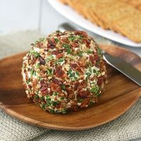 Bacon-Jalapeño Cheese Ball - Click image to find more popular food & drink Pinterest pins