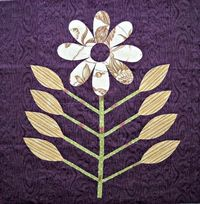 Quilting: Strippy Flowers Quilt Block