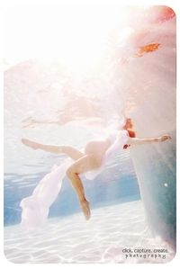 Maternity shot under water - stunningly beautiful