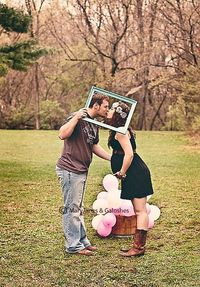 picture perfect #maternity #kiss #couple #photography #maryjanesandgaloshes