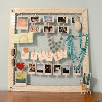 DIY Bulletin Board Tutorial by Stars for Streetlights here. This could also work as a jewelry display and I like the use of mini clothespins.