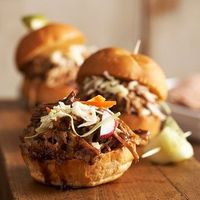 ++ balsamic honey pulled pork sliders