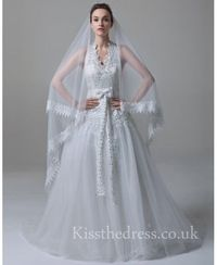 Vintage Lace Halter V-neck A-line Wedding Dress With Bead Sequins SS18048