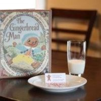 cute gingerbread man hunt with printables