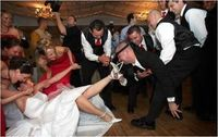 fun bride with bridesmaids picture | ... funny wedding photo ideas that will be the highlight of any wedding