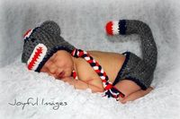 Newborn pic outfit