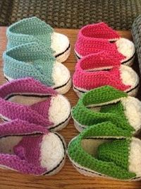 Baby crochet converse shoes- FREE pattern. / knits and ...