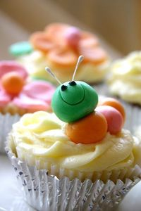 Caterpillar cupcakes - great to go with The Very Hungry Caterpillar by Eric Carle!