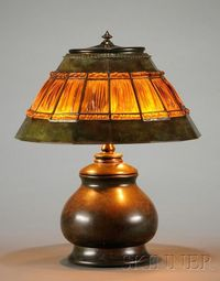Tiffany Studios Linenfold Table Lamp made of art glass and bronze