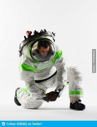 New NASA Spacesuit Looks like Buzz Lightyears