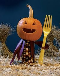 i love miniatures. check out this mini scarecrow!