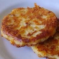 Leftover mashed potatoes recipe: Bacon Cheddar Potato Cakes