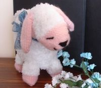 Free Pattern: Lucy the Lamb by Sullivans International