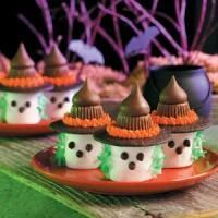 Marshmallow witches with chocolate kiss hats