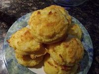 LCHF Buttery Garlic and Sharp Cheddar Biscuits