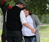 Bellies and Babies.....Love, love, love this pic! By Baker Babies Photography! #maternity #belly #bump #preggo